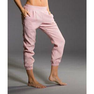Onzie Yoga Modal Joggers Blush Pink-M/L